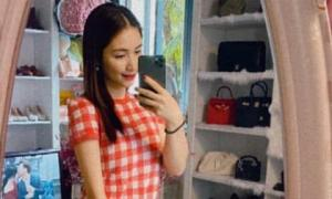 Từng bán túi hiệu làm MV và nợ nần ngập đầu, Hòa Minzy đã 'khôi phục kinh tế' chỉ qua chi tiết nhỏ