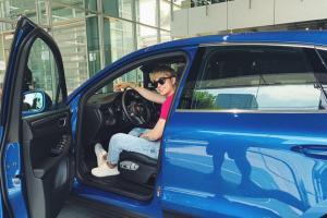Ca sĩ Chi Dân tậu Porsche Macan 2019 giá hơn 3 tỷ đồng