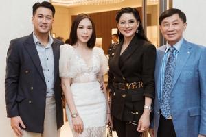 Linh Rin gặp gỡ bố mẹ thiếu gia Phillip Nguyễn