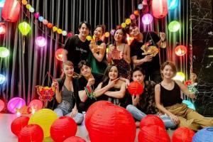 Sao Việt đi đâu, làm gì dịp Tết Trung thu 2020?