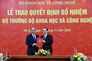 Thủ tướng trao quyết định, giao nhiệm vụ cho 2 tân bộ trưởng