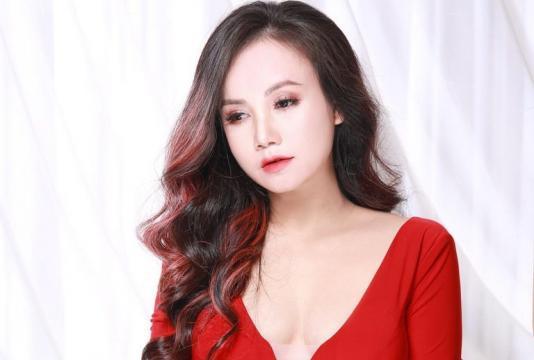 Được trai trẻ tỏ tình sau khi ly hôn chồng thứ 4, Đào Hoàng Yến bất lực: Tha cho chị đi